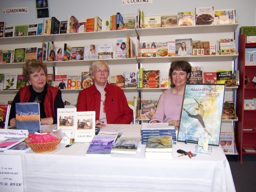 Highland Books with Georganne Spruce, Celia Miles and Nancy Cash Photo: Jenny Munro
